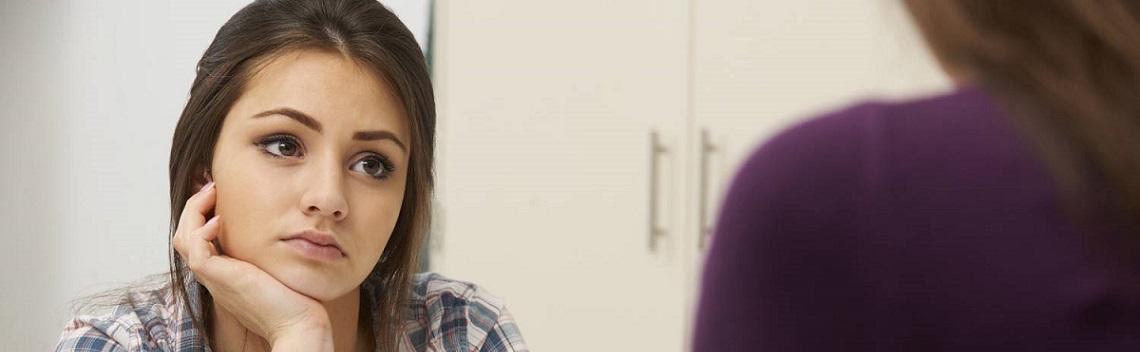 Psicólogos profesionales especializados en terapia con adolescentes en Barcelona